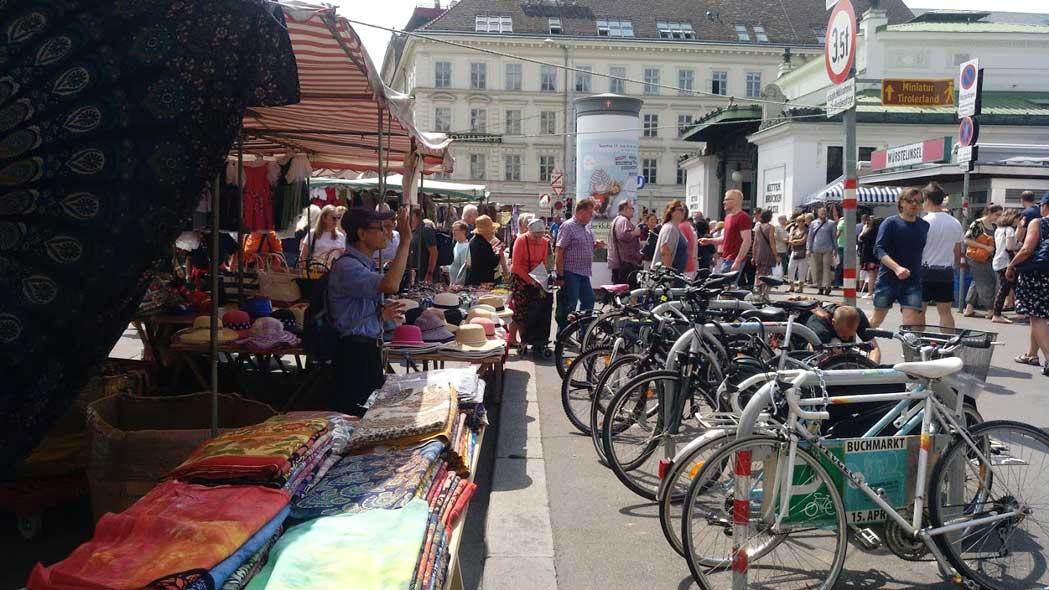 naschmarkt flea market vienna