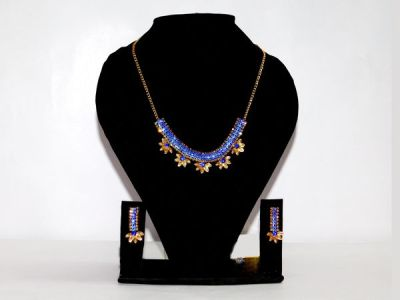NextBuye Crystal Stone Choker Necklace with Earrings 1