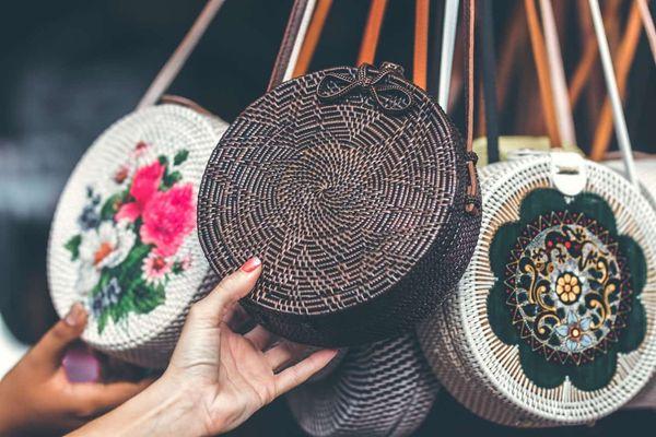 Buy Handmade Jewellery for Women online in Kolkata on Nextbuye