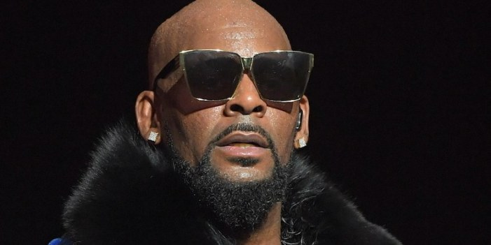 R. Kelly's Atlanta homes emptied in back-to-back burglaries