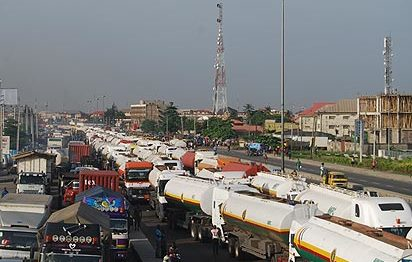 SPECIAL FEATURES: Motorists, commuters, go through hell on Apapa-Oshodi Expressway