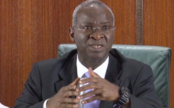 Second Niger Bridge: FG awards N206bn contract for main work – Fashola