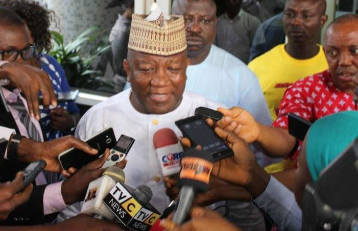 Minimum wage: Labour gives December deadline as governors call for emergency meeting