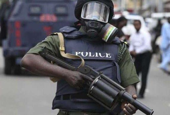 Panic in Ado Ekiti as unknown gunmen kill man in broad daylight
