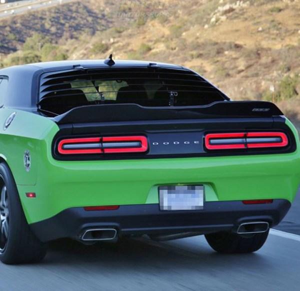 SRT Hellcat Style Rear Trunk Spoiler | 2015+ Dodge Challenger