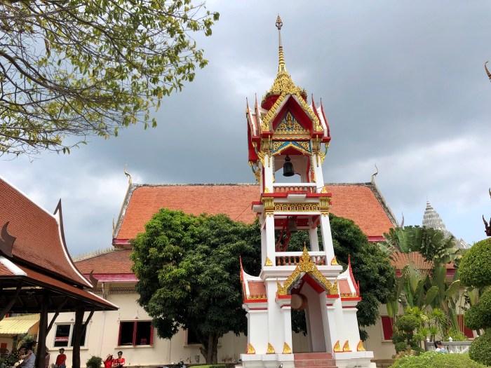 Dimanche - day off temple de chalon