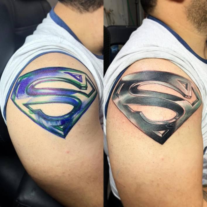Superman Shoulder Tattoo -inzecto_mx