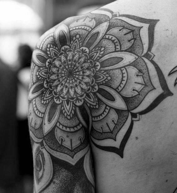 Flower Mandala Shoulder Tattoo Ideas For Gentlemen