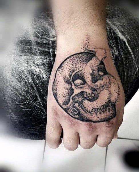 Men's Japanese Smoke Tattoo Designs On Hands