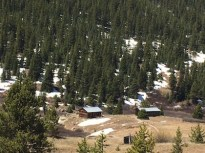 the ghost town of Independence - spot the log cabins