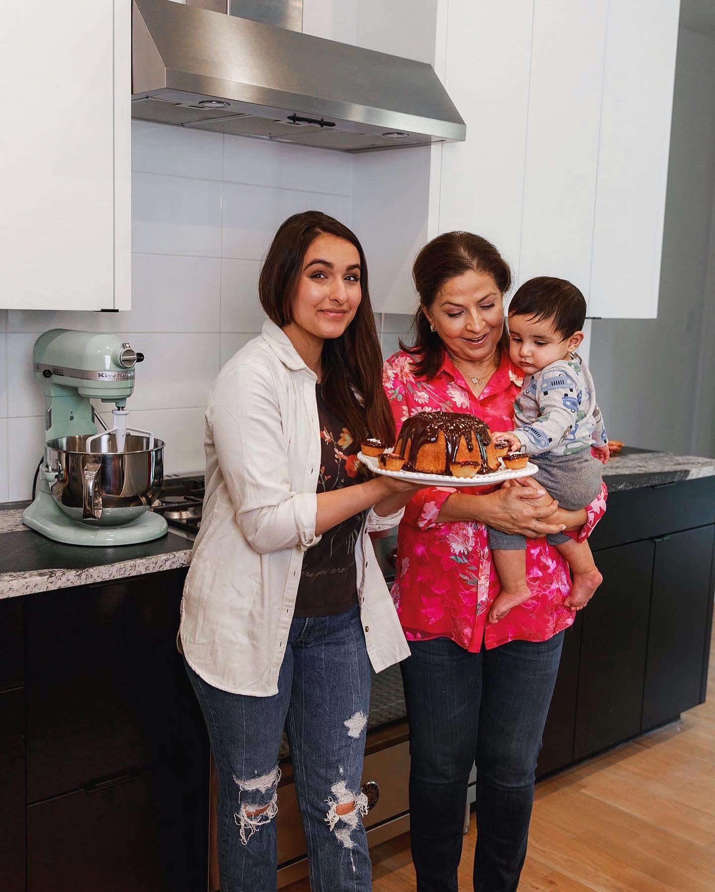 Nita Mann shares her mom's vanilla cake recipe