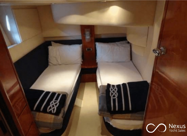 Image of Azimut 42 yacht #12