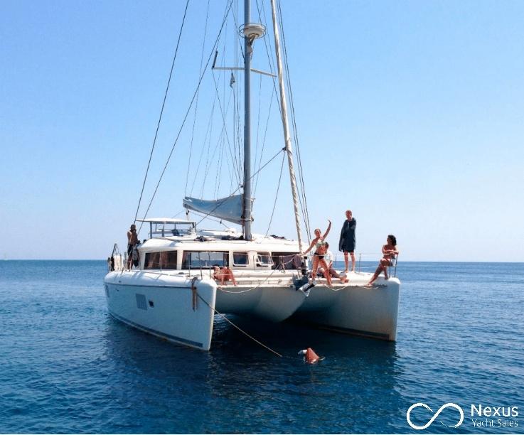 Image of Lagoon 421 yacht #2