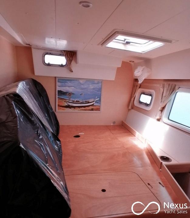Image of Lagoon 421 yacht #10