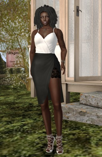 mi960673-mi-strap-tank-and-pencil-skirt-with-slit