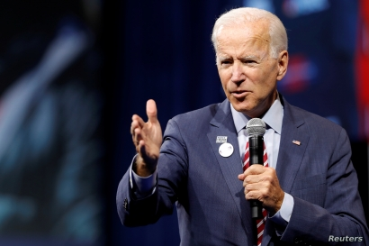 U.S. Democratic presidential candidate and former U.S. Vice President Joe Biden responds to a question during a forum held by gun safety organizations the Giffords group and March For Our Lives in Las Vegas, Nevada, Oct. 2, 2019.
