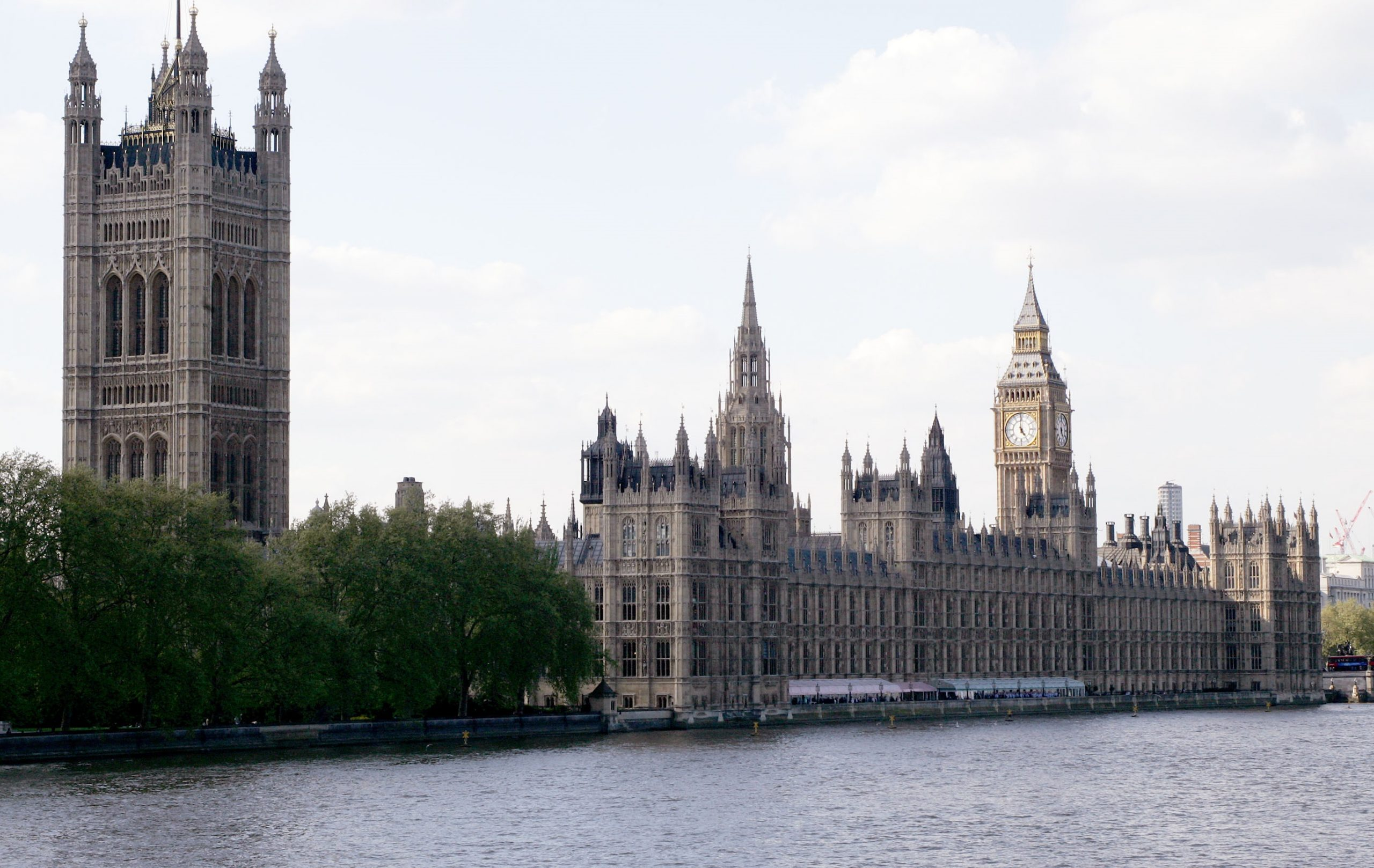 Image of the River Thames and the Parliament