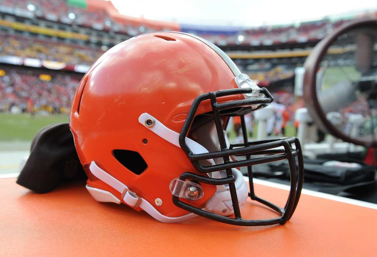 "Browns Have Had ""A Lot Of Conversations"" About Possibly Trading No. 4 Pick"