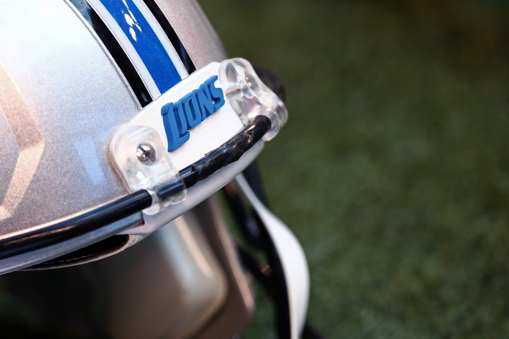 Lions-helmet-3