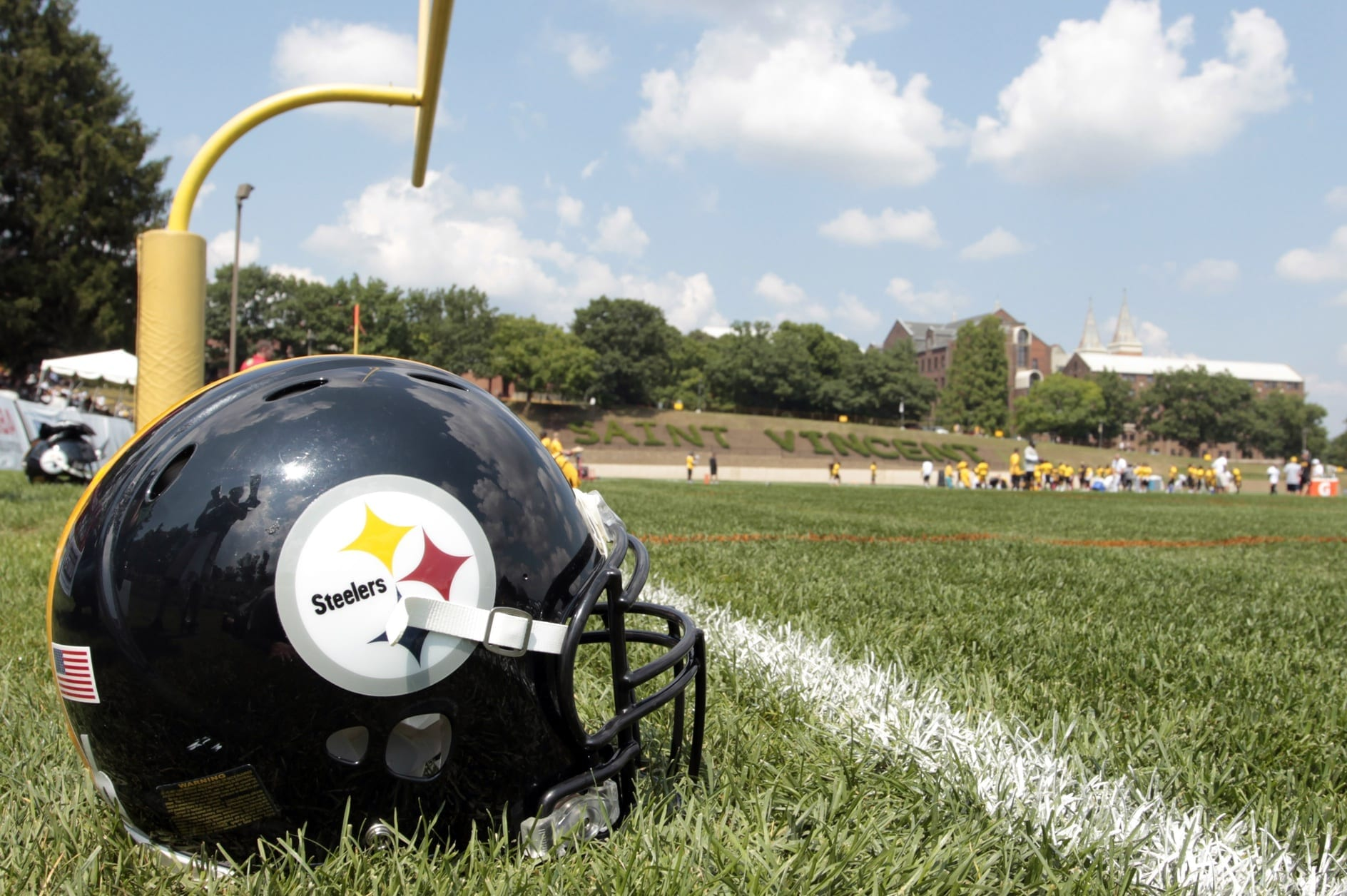Steelers-helmet-2