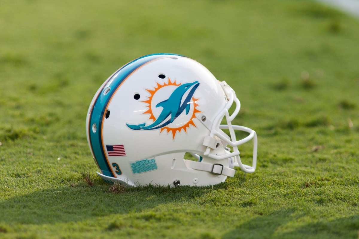 NFL Notes: Dolphins, Giants, Jets, Redskins