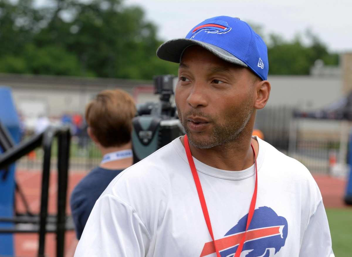 NFL Notes: Doug Whaley, Bills, 49ers, Raiders