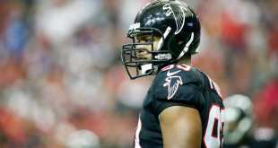 USATSI_9646754_168383805_lowres Falcons Still In Contact With DE Dwight Freeney, No Plans To Sign Him Right Now