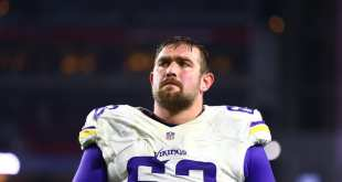 USATSI_8998587_168383805_lowres Falcons Signing G Brandon Fusco To Three-Year Deal