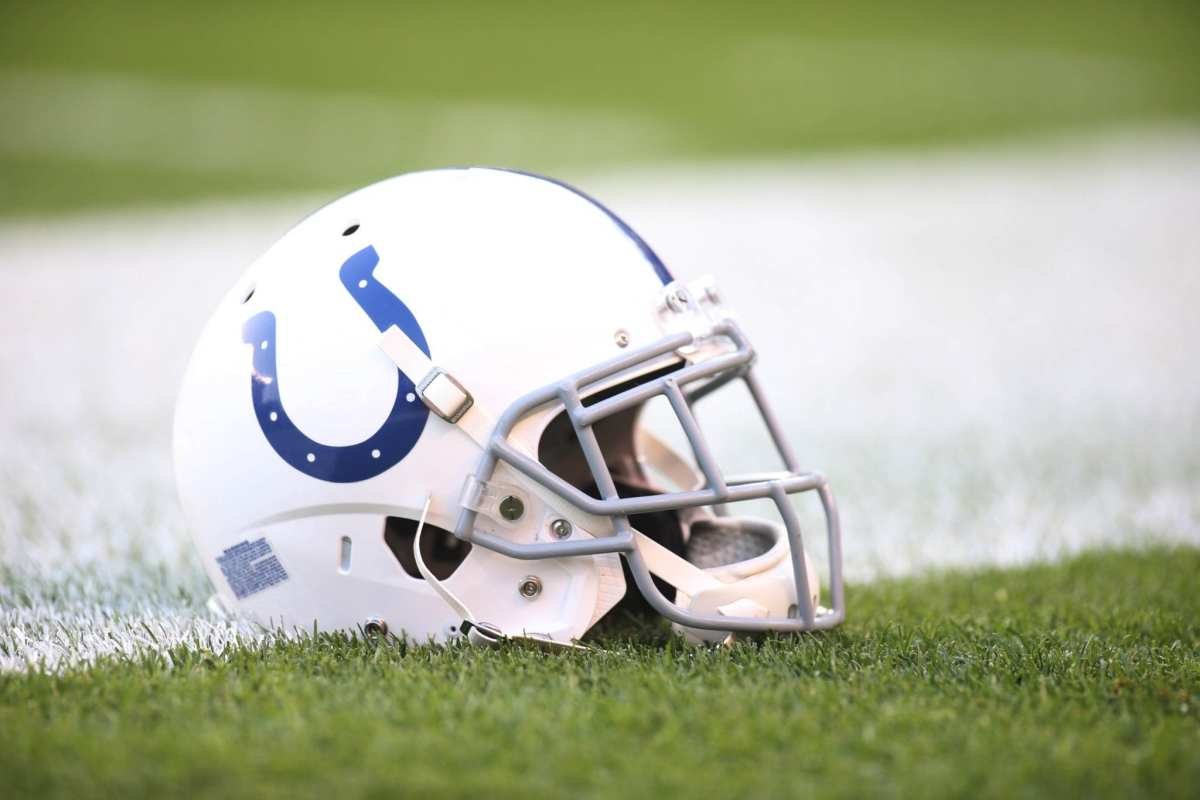 NFL Notes: Colts, Titans, Vikings