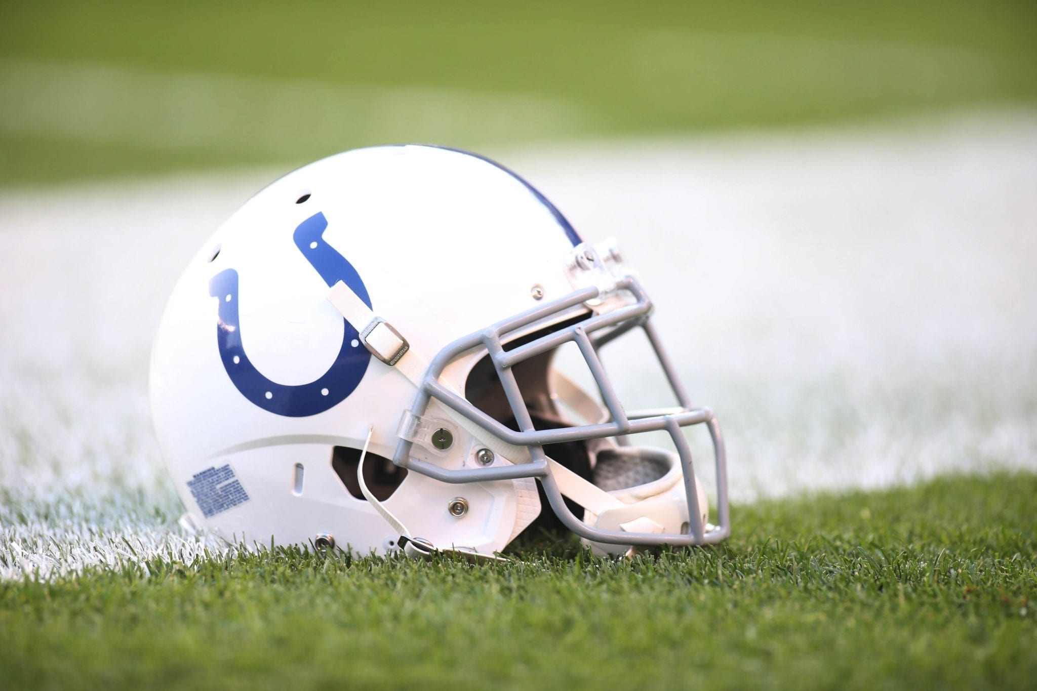 Colts-helmet-5