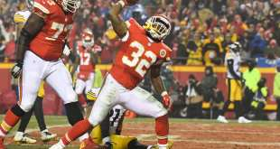 USATSI_9813210_168383805_lowres Chiefs RB Spencer Ware Suffers PCL Injury, ACL Believed To Be Fine