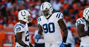 USATSI_9838923_168383805_lowres Saints Release Veteran DL Kendall Langford & DE Darryl Tapp, Promote Two