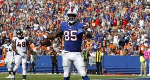 USATSI_10304130_168383805_lowres Bills TE Charles Clay Out Multiple Weeks Following Knee Scope