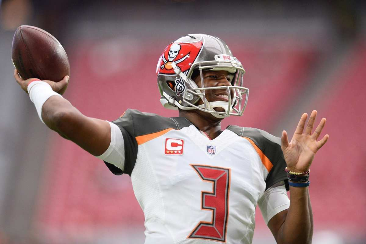 NFL Investigating Buccaneers QB Jameis Winston For Allegedly Groping Uber Driver