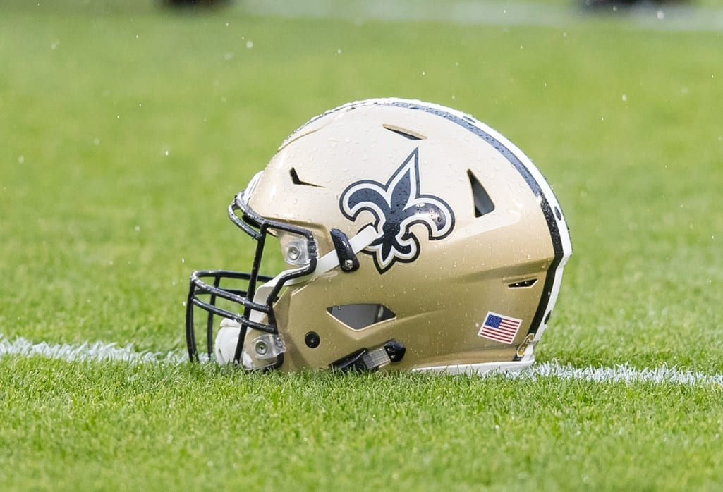 Saints-helmet-4