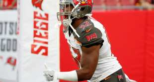 USATSI_10258001_168383805_lowres Buccaneers Re-Signing LB Cameron Lynch