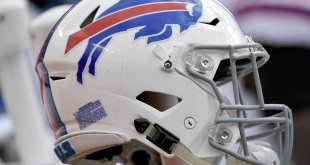 USATSI_10452293_168383805_lowres Bills Re-Sign Four ERFAs Including TE Logan Thomas