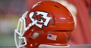 Chiefs-Helmet-6 Chiefs Sign NT T.Y. McGill To Futures Deal