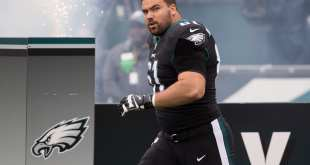 USATSI_10396835_168383805_lowres Eagles Rework G Stefen Wisniewski's Contract, Give Him $250K Incentive He Would've Lost