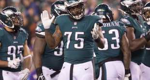 USATSI_10567899_168383805_lowres Eagles Ask DE Vinny Curry To Restructure His Contract, Could Be Released If No Deal