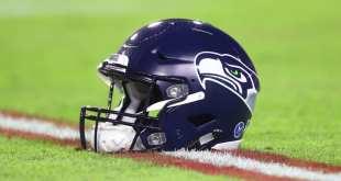 Seahawks-Helmet-8 Seahawks Sign Rookie TE Clayton Wilson