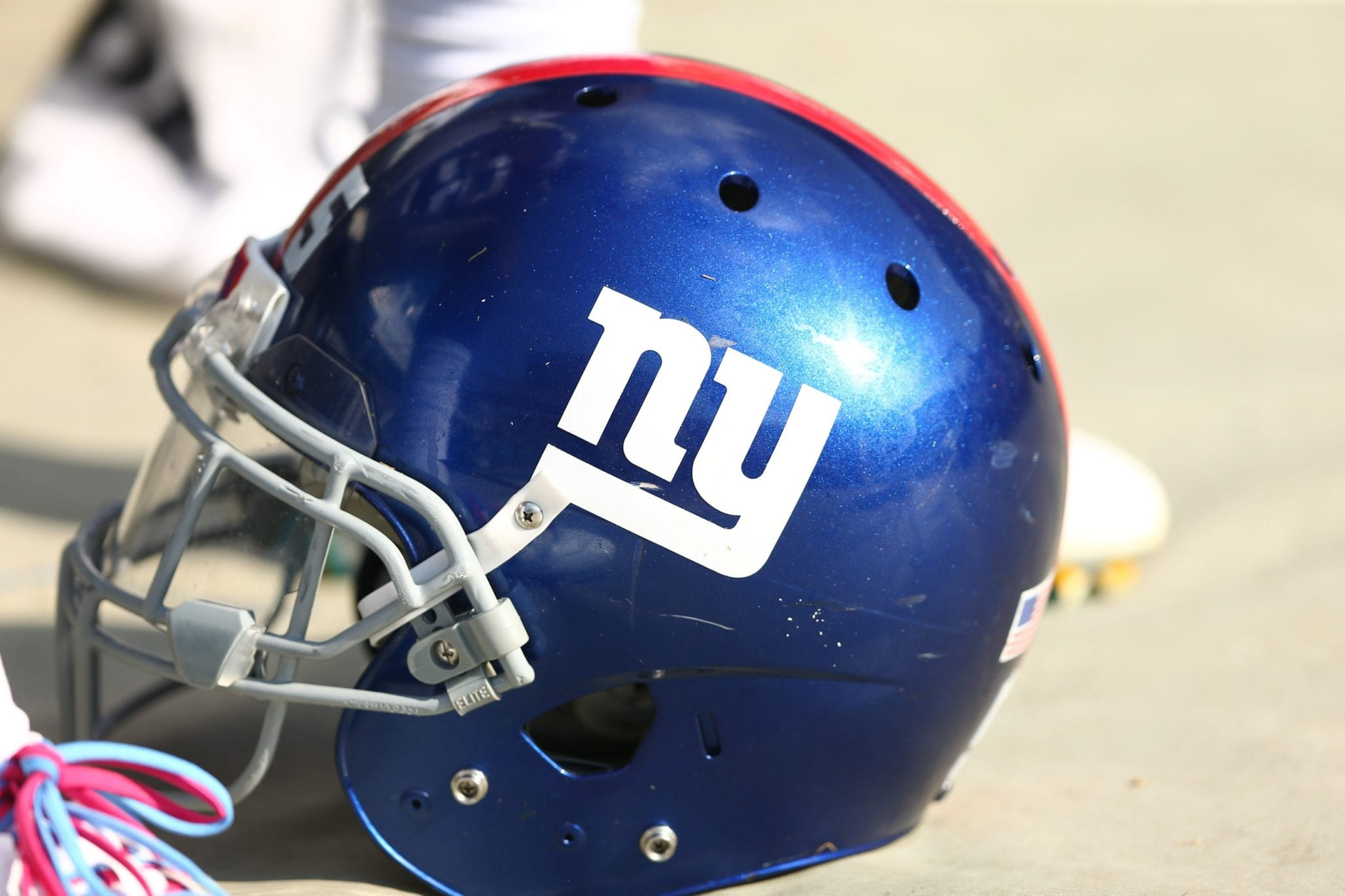 Giants-helmet-6