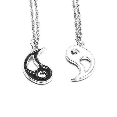 Couples/friendship Necklaces - 2 Pieces