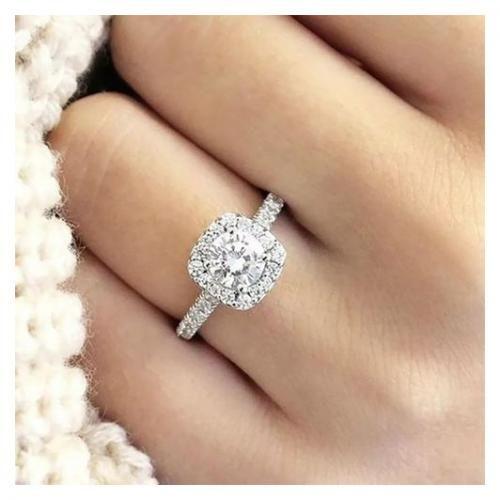 Diamond Engagement Ring For Women
