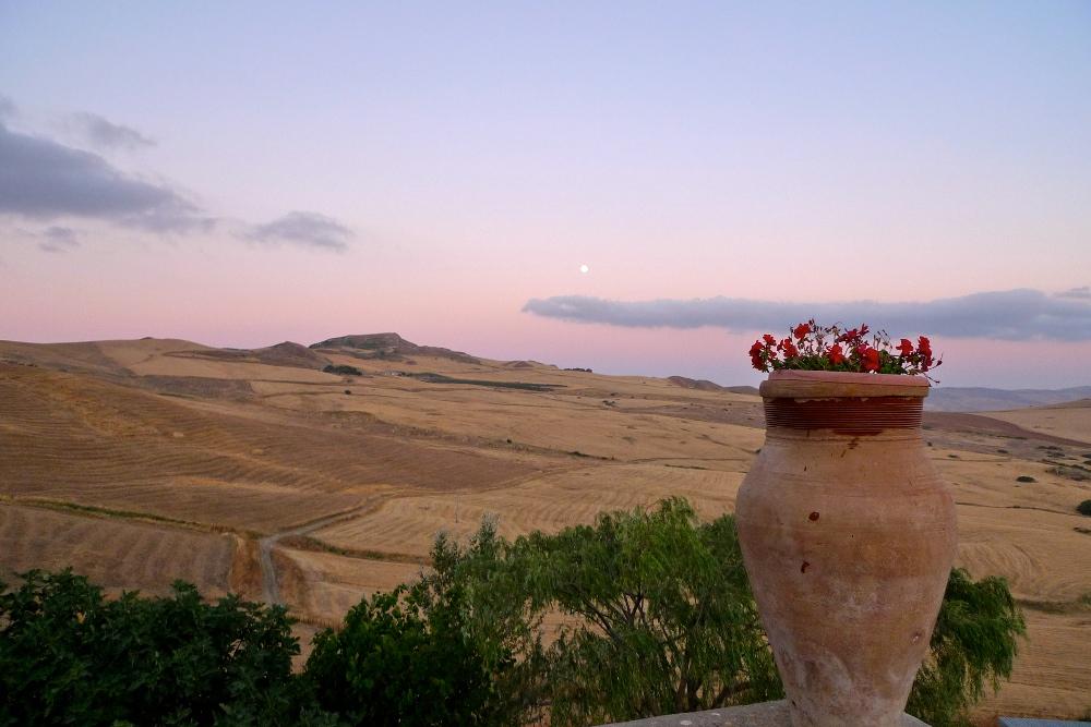 Risultati immagini per primavera in sicilia