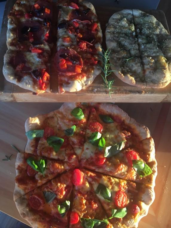 $25 pizzas