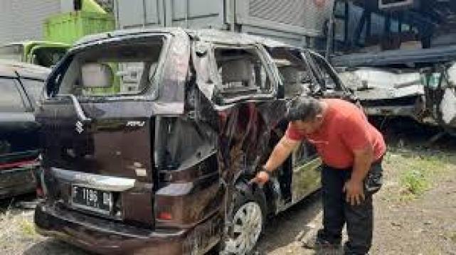 Kecelakaan Tol Jagorawi