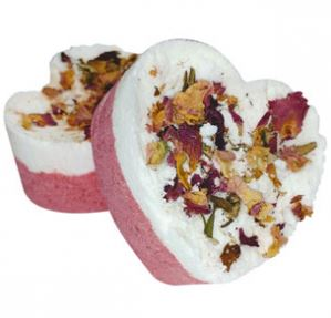 20 Valentine's Day Crafts  Foaming Rose Petal Bath Bombs Recipe