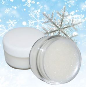 Creative diy Christmas Gifts: Winter Wonderland Lip Balm Recipe