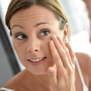 Grapeseed Oil Benefits for Reducing Wrinkles and Scars